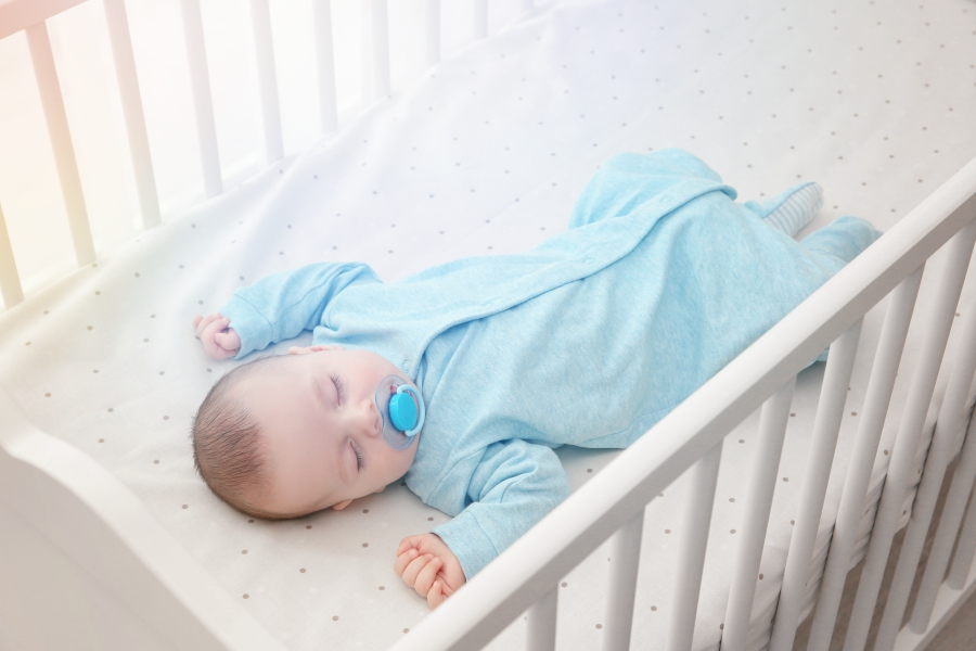 Dormir dans la chambre parentale au moins jusque six mois !